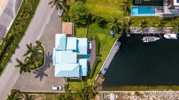 West Point Villa In Crystal Harbour - Image 24