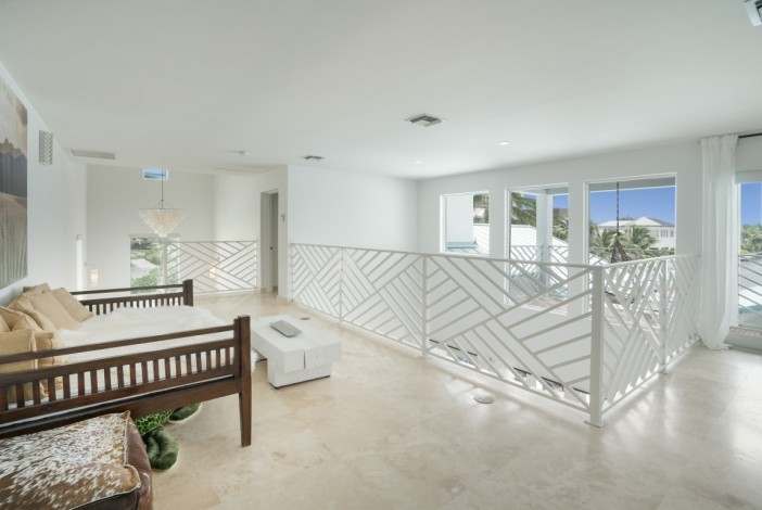 WEST POINT VILLA - CRYSTAL HARBOUR EXECUTIVE WATERFRONT RESIDENCE - Image 6